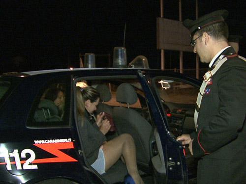 Si prostituivano nella zona di Lentini: foglio di via per sette donne