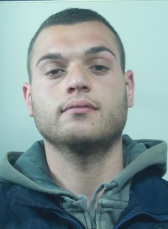 Catania, presunto pusher in manette: aveva 36 dosi di marijuana