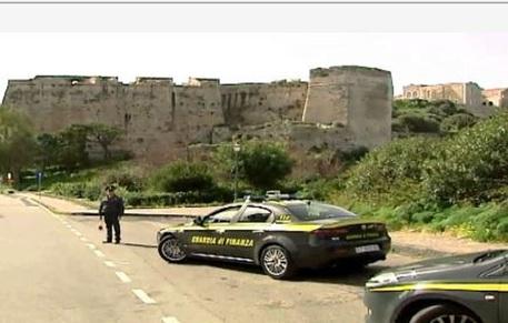Ristrutturazione del castello di Milazzo, 5 denunce per truffa