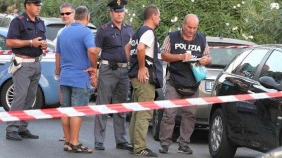 Camorra: boss ucciso in spiaggia a Terracina, quattro arresti