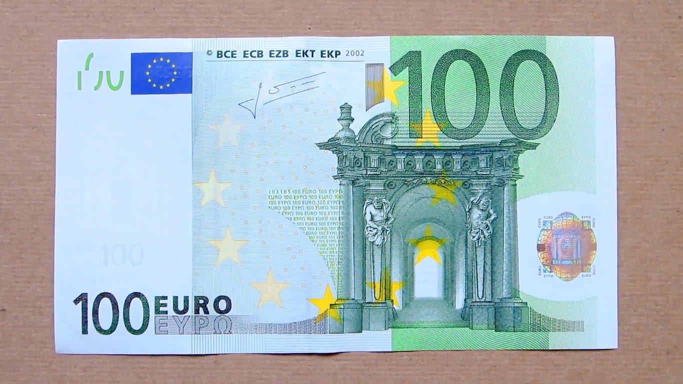 Ruba 100 euro alla nonna, una quindicenne denunciata a Catania