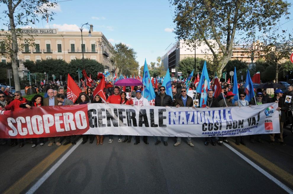 Manifestazione a Palermo dei sindacati unitari per il lavoro