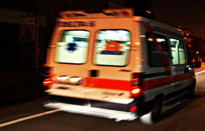Parte da Modica con un bimbo di 3 anni, ambulanza si ferma a Rosolini