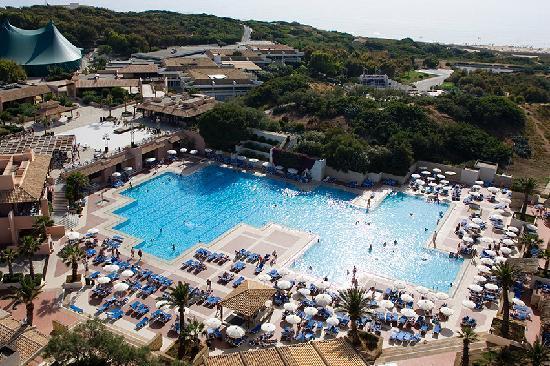 Turismo, Club Med riapre a luglio a Cefalù e Kamarina
