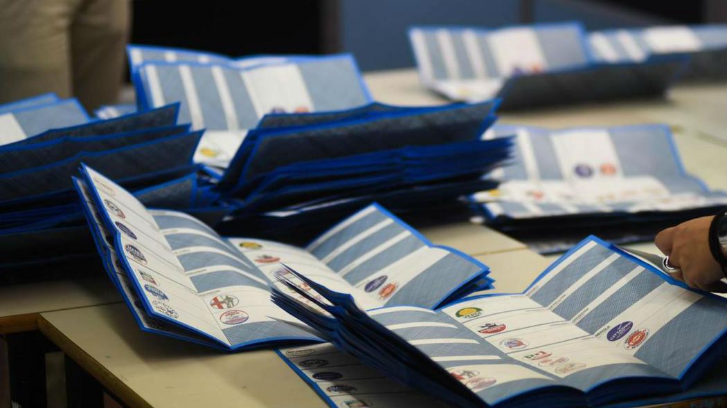 Elezioni, domani 46.6 milioni di italiani chiamati alle urne
