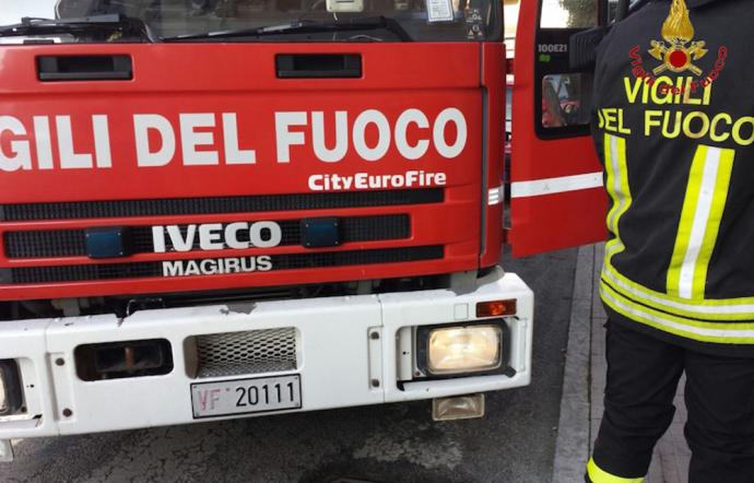 Ristorante cinese in fiamme nella notte a Palermo: cause da accertare
