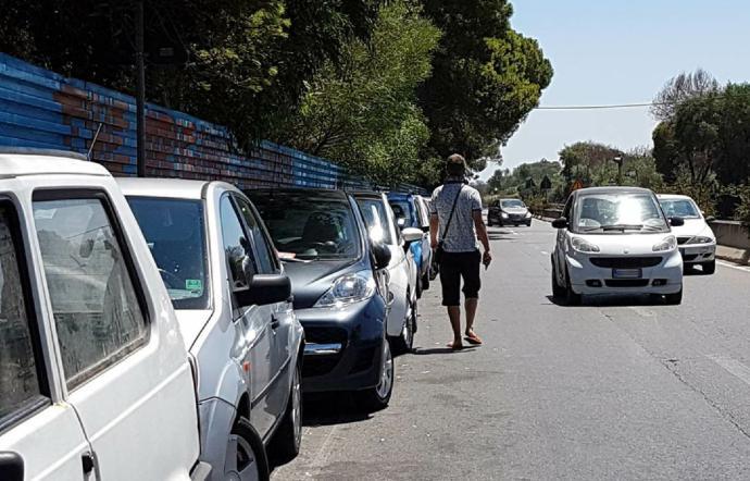 Catania, sanzionati 10 parcheggiatori abusivi alla Plaja