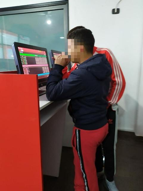 Minori in agenzia scommesse di Siracusa: 70 mila euro di multa