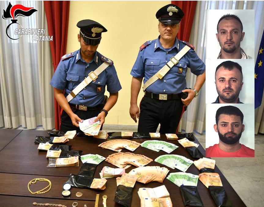 Rubavano le chiavi delle abitazioni dalle auto per svaligiarle, tre arresti a Catania
