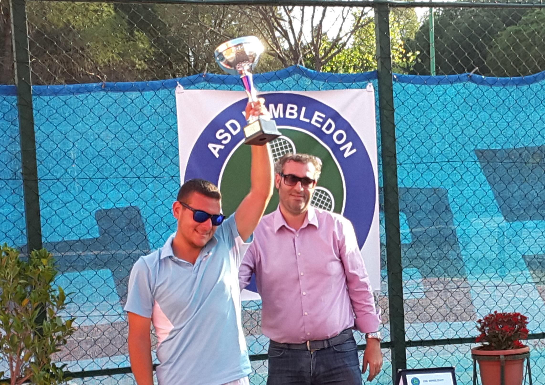 """Brancato dell'Asd Wimbledon si aggiudica il primo torneo """"Città di Floridia"""""""