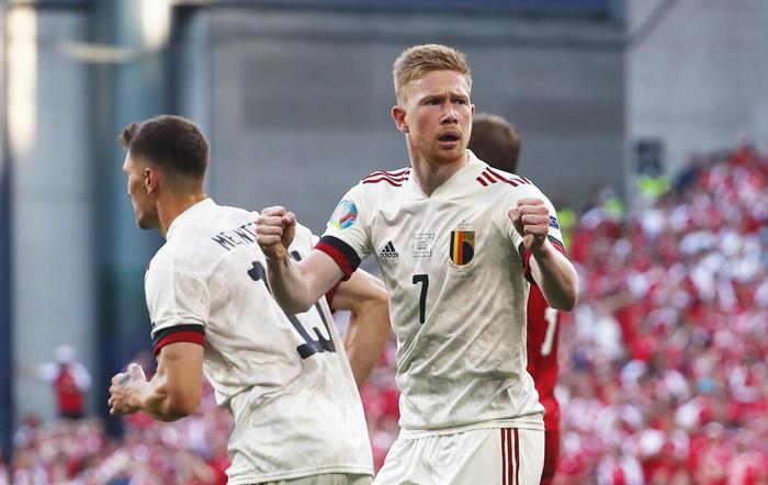 Europei, il Belgio rimonta contro la Danimarca: vince ed è già agli ottavi
