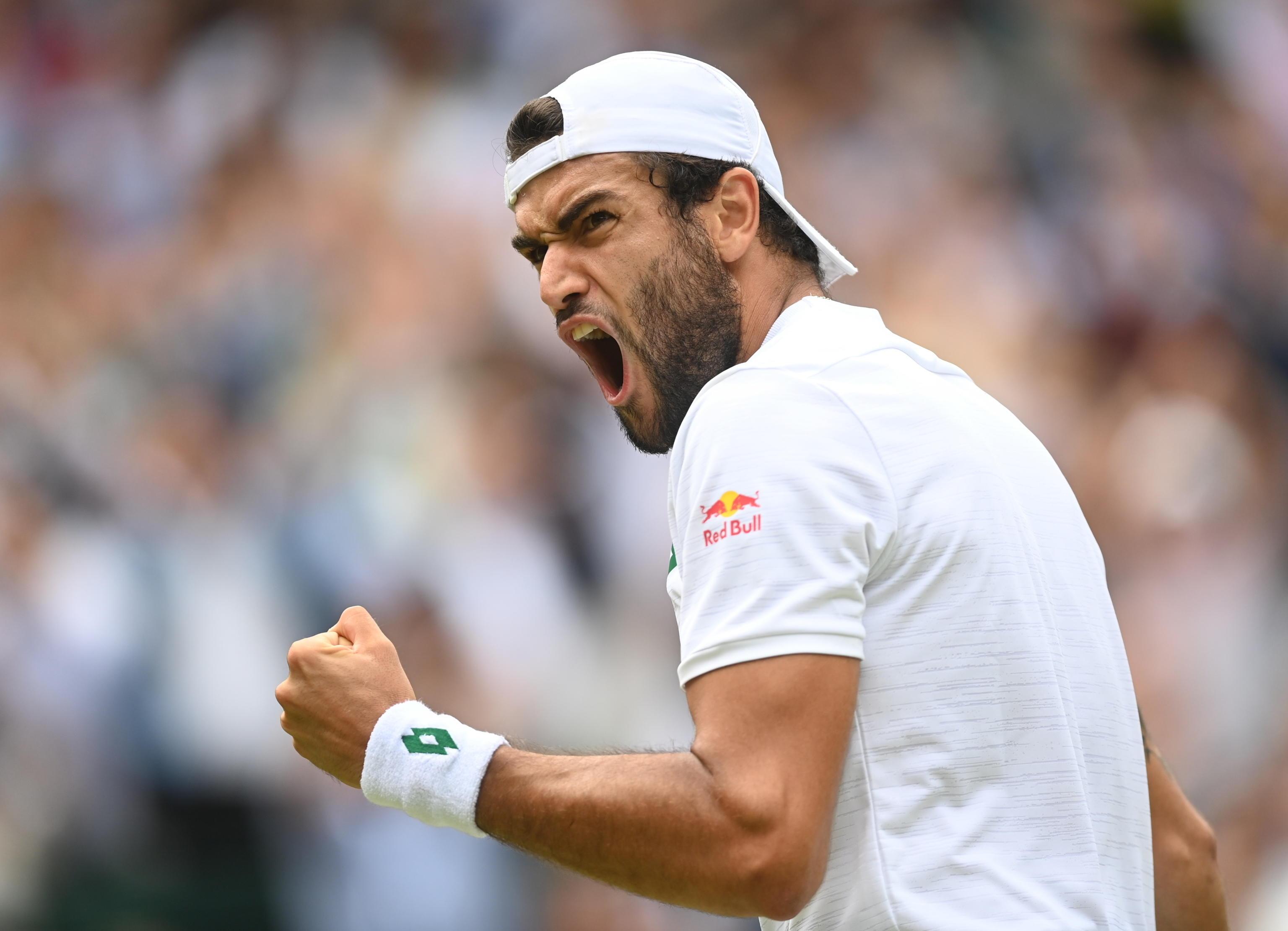 Tennis, Berrettini lotta a Wimbledon ma è ancora Djokovic a trionfare