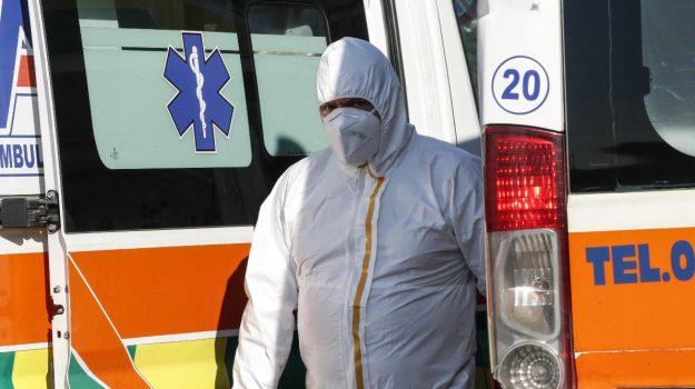 Covid in Sicilia, 434 nuovi casi e 13 decessi: a Catania 172 positivi