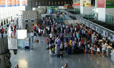 Etna, aeroporto di Catania torna a essere operativo