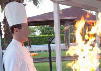 Trabia, sposa colpita da fiammate del flambé durante  il matrimonio