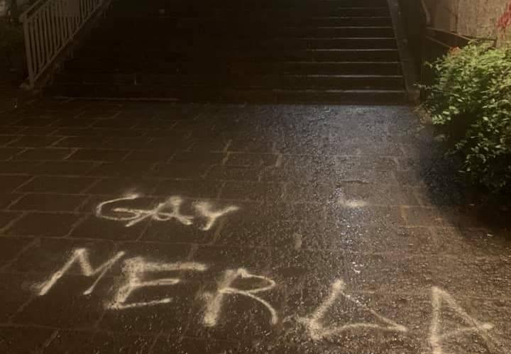 Arcigay, scritta contro omosessuali nella scalinata Alessi a Catania