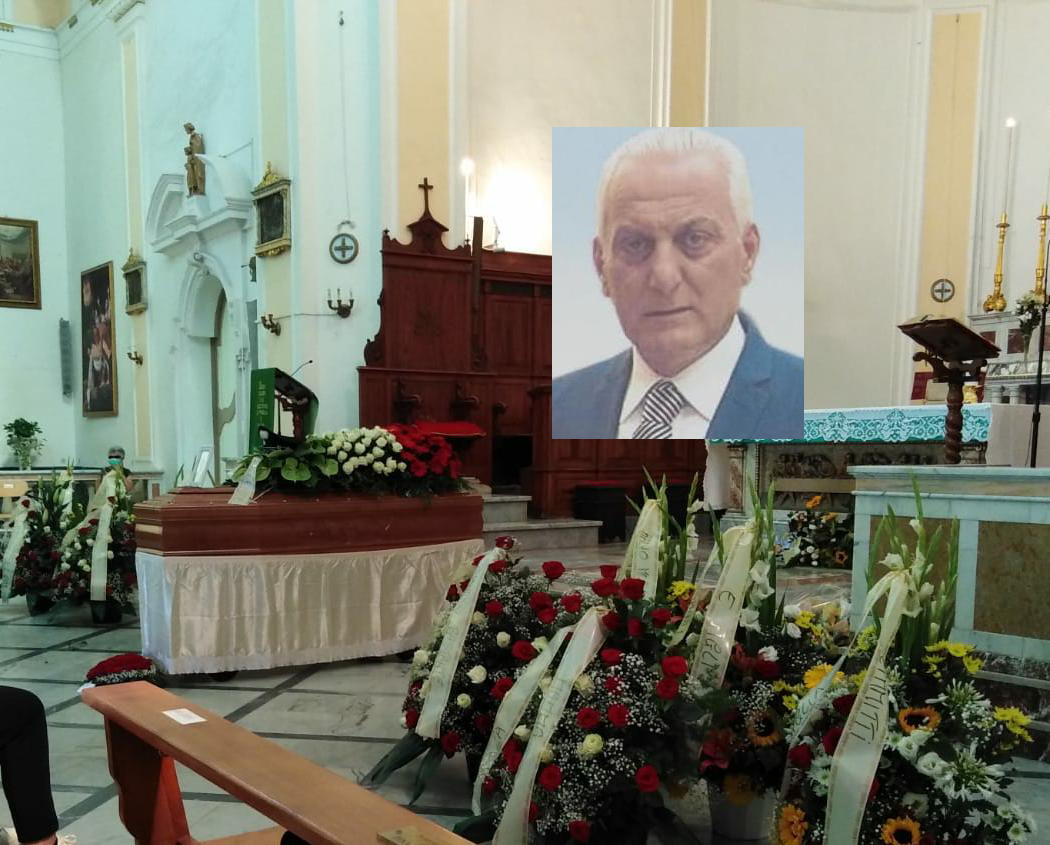 Tanta folla a Floridia ai funerali del maresciallo Giarratana