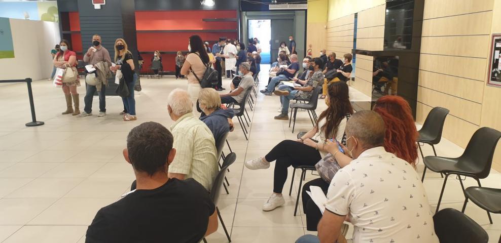 Asp di Siracusa allestisce hub vaccinale in un Centro commerciale