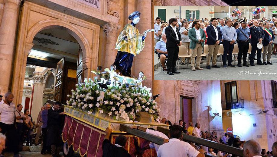 Rosolini, festa per il Patrono ed in pubblico ricompare il vice sindaco