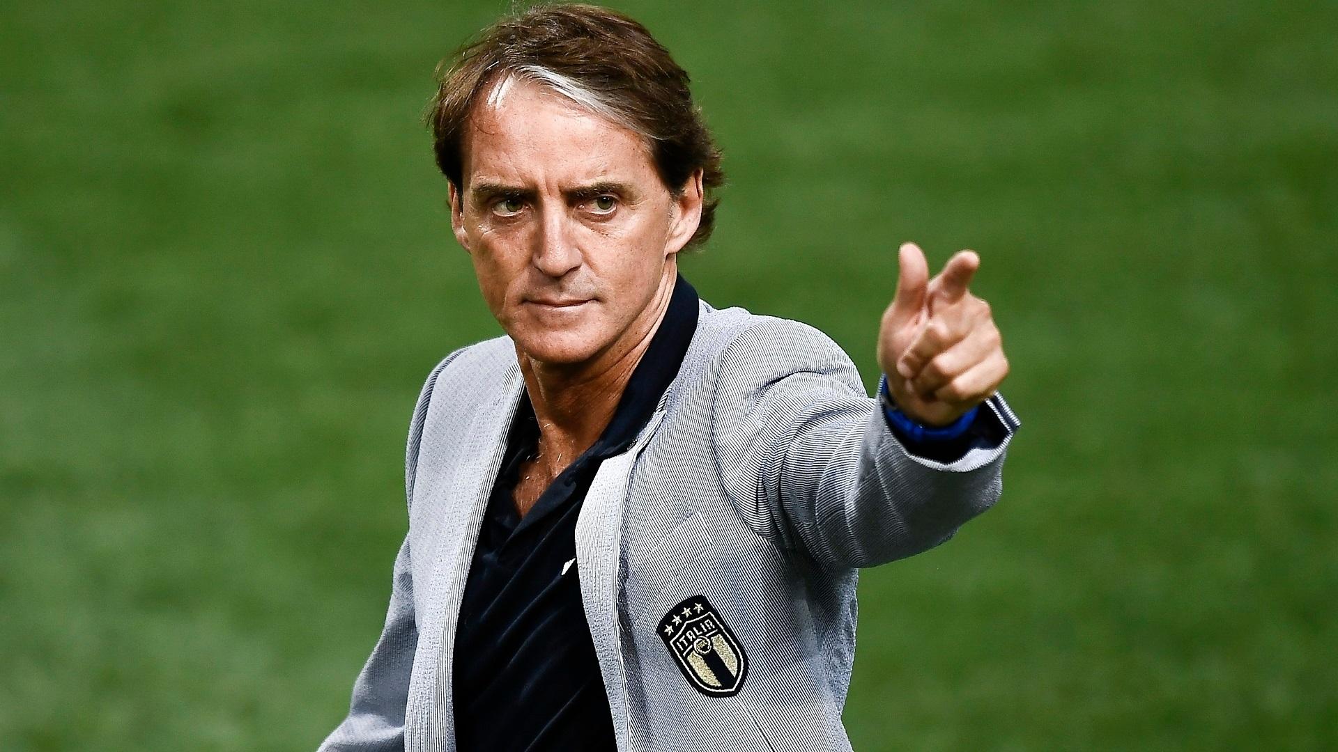 """Il ct Mancini alla vigilia del match con la Svizzera: """" Giochiamo con gioia per fare la partita"""""""