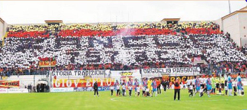 C risiamo: calcio siciliano con tre derby: Acr Messina , Catania e Palermo