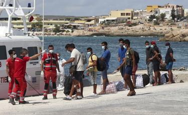 Non si ferma l'ondata di sbarchi a Lampedusa: 191 in una sola notte