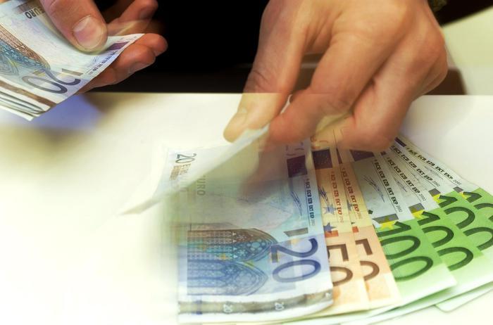 Diamante, rate sospese mutuo: banca preleva 7 rate a ristoratore