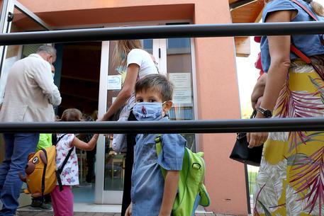 Dieci bimbi della scuola dell'Infanzia 'Roncalli'  di Burgio positivi al covid