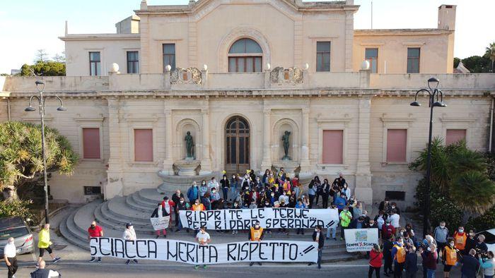 Riaprire Terme di Sciacca, marcia a piedi fino a Palermo per protesta