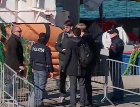 Sea Watch 3 bloccata al porto di Catania: è registrata come yacht