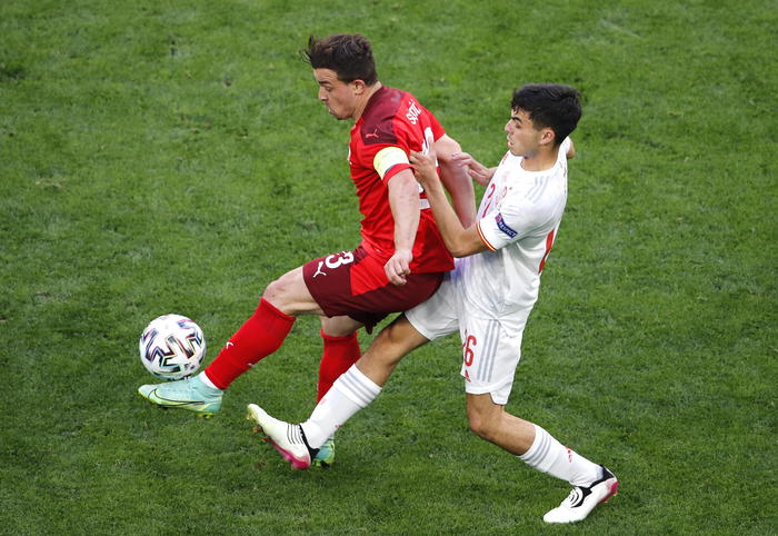 Europei, la Spagna è la prima semifinalista: la Svizzera cade ai calci di rigore