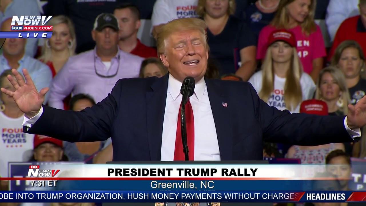 Usa, Trump  contro Biden e Fauci: per lui standing ovation