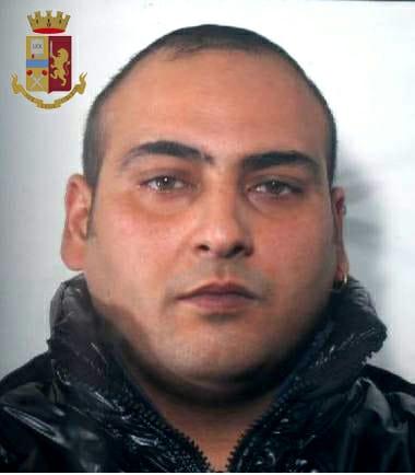 Siracusa, vende per sbaglio la dose a un poliziotto: arrestato in via Immordini