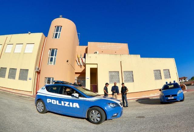 Emergenza sanitaria, a Noto controlli  della polizia negli edifici scolastici