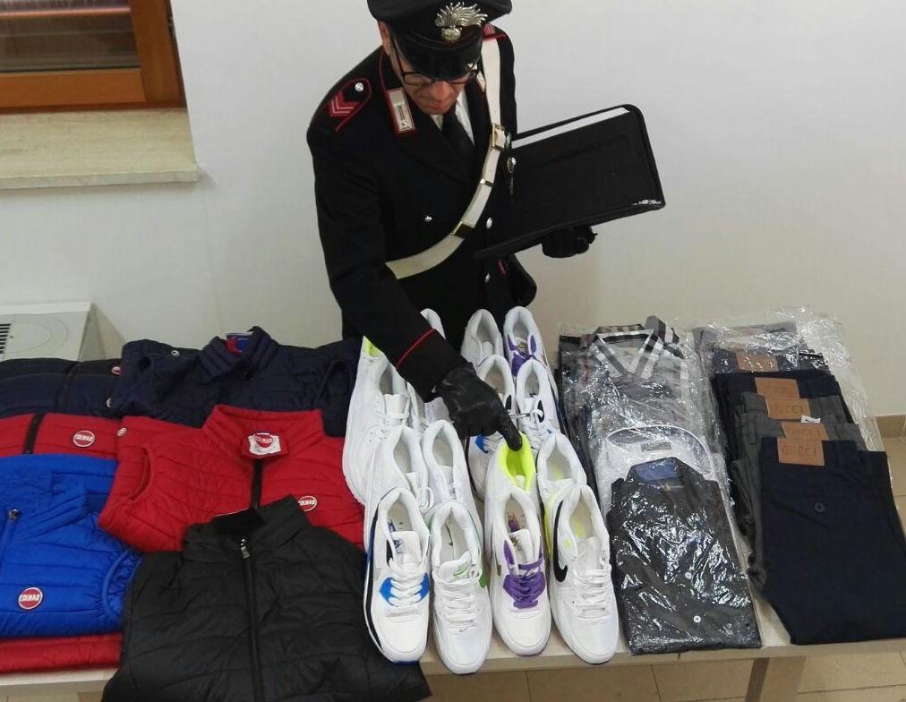 Contraffazione a Ispica, 4 mila euro di prodotti sequestrati