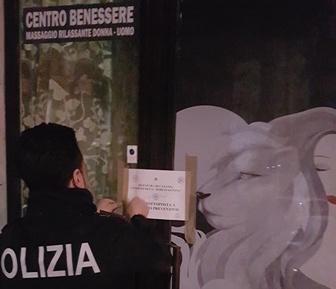 Prostituzione, sigilli a un centro massaggi di Catania