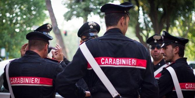 Camorra e droga, 26 arresti nel Napoletano: approvvigionamenti pure dalla 'ndrangheta
