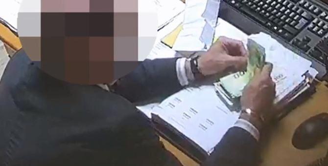 Corruzione in atti giudiziari, arrestato un commercialista di Cosenza
