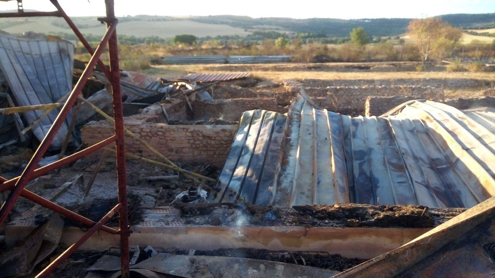 Puglia, incendio provoca gravi danni al parco archeologico di Faragola