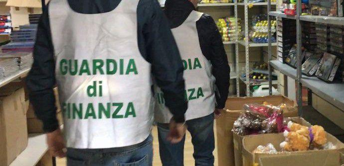 Commercio, 290 mila prodotti pericolosi sequestrati nel Messinese