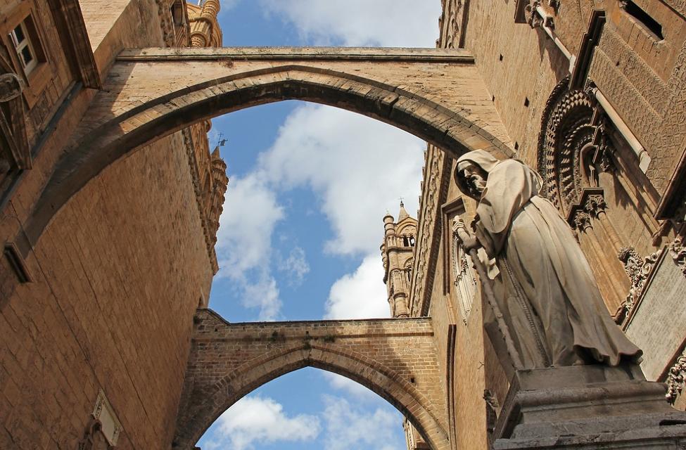 Gli antichi tarocchi siciliani