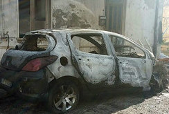 In fiamme auto di un'avvocatessa di Serradifalco: è il secondo