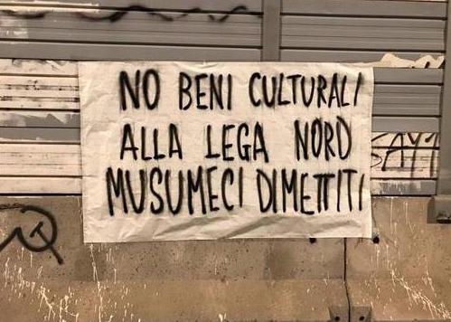 """Striscioni a Palermo contro Musumeci: """"No i Beni culturali alla Lega"""""""