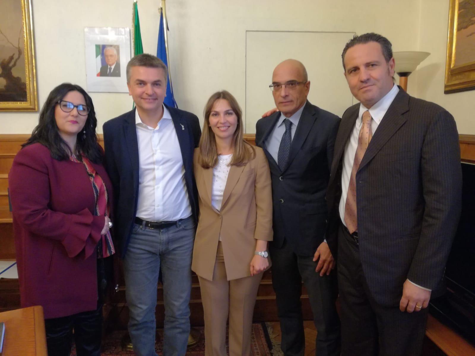 """Tardino (Lega): """"Ristoro agli autotrasportatori siciliani che sbarcano e imbarcano a Genova"""""""