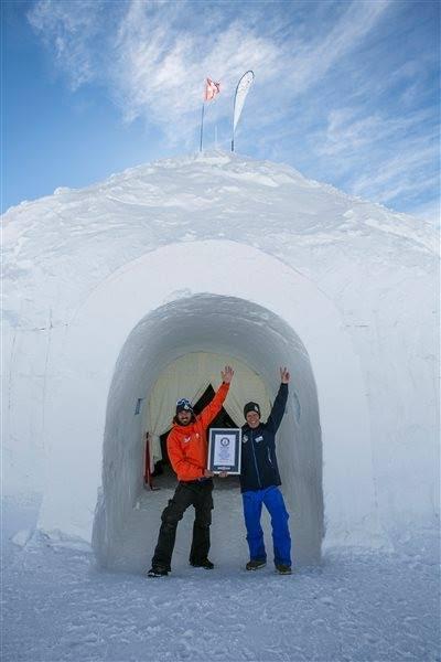 Gli scatti del fotografo siracusano Zampino per l'igloo più grande del mondo