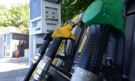 Siracusa, rapina a un distributore di carburante: bottino 500 euro