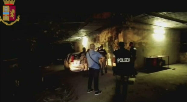 Turiste violentate nel Materano, preso l'ottavo del branco