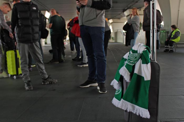 Rissa in un pub di Roma, accoltellati due tifosi scozzesi del Celtic Glasgow