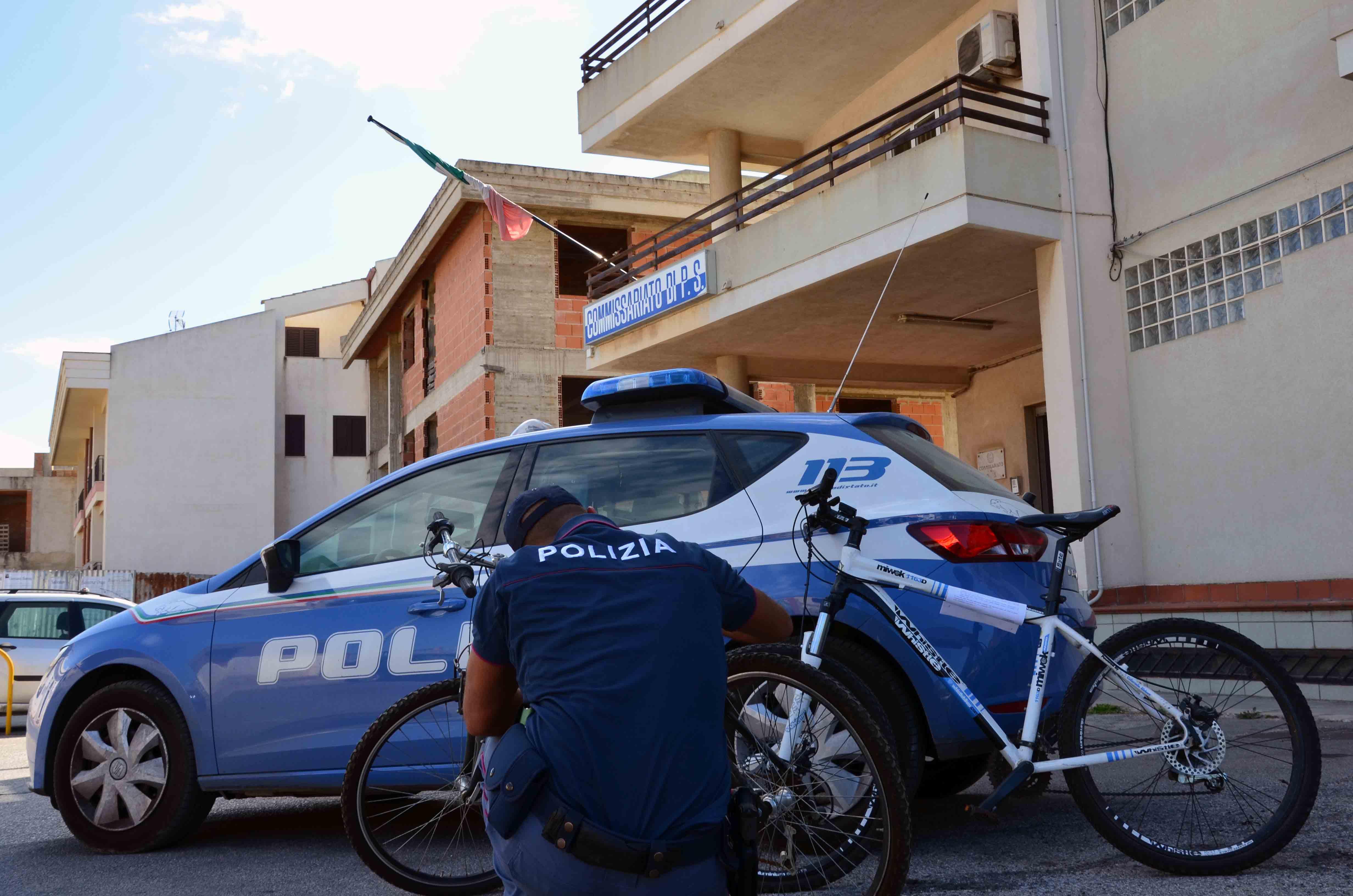 Scoglitti, arrestati due minorenni per furto di bici