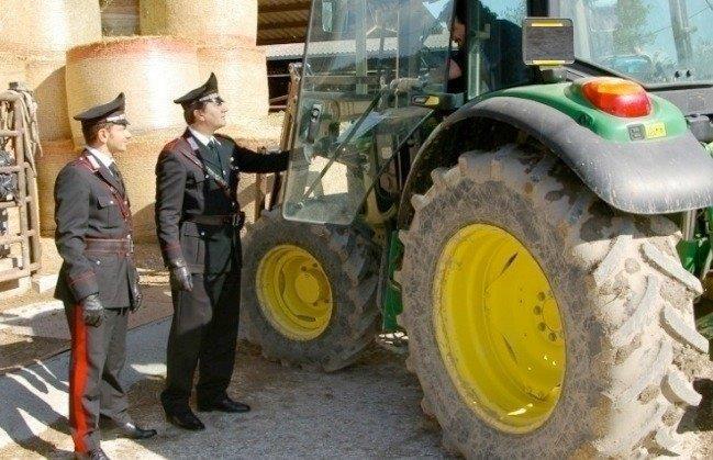 Ricettazione di mezzi agricoli, allevatore denunciato a Villasmundo